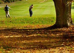 Izkl golf pone a su disposición uno de los mejores campos de golf de España, donde podrá disfrutar de su deporte favorito en plena naturaleza.