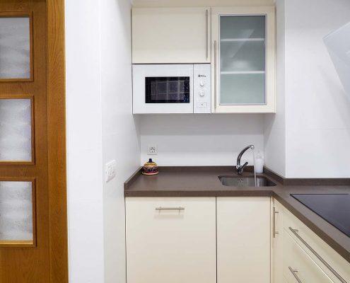 Cocina totalmente equipada para disfrutar al máximo de una cómoda estancia.