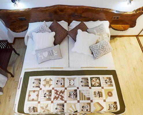Habitación doble adaptada con baño en la habitación